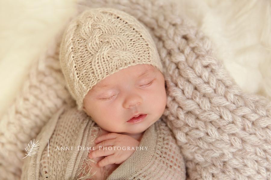 niedliche_babyfotos_fotostudio_babyfotograf_muenchen_clara3