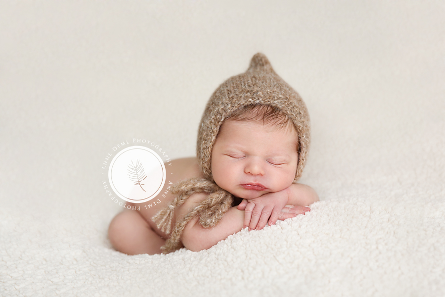 professionelle_neugeborenenfotos_fotostudio_babyfotograf_anne_deml_muenchen_geburt_babybilder_krankenhaus_hebamme_flynn_01