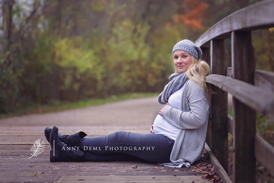 ungezwungene_natuerliche_babybauchfotos_babybauchfotografie_schwangerschaftsbilder_baby_schwanger_anne_deml_fotografie_muenchen_melanie_1