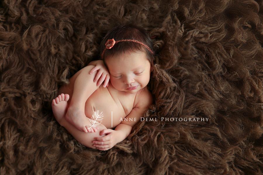 professionelle_babyfotografie_babyfotograf_muenchen_anne_deml_babyfotos_neugeborenenfotos_babyshooting_freising_geburt_elena_7