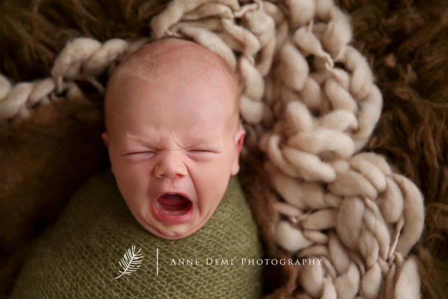 neugeborenenfotos_augsburg_babyfotograf_augsburg_fotostudio_freising_professionelle_babybilder_babyshooting_freising_luca_01